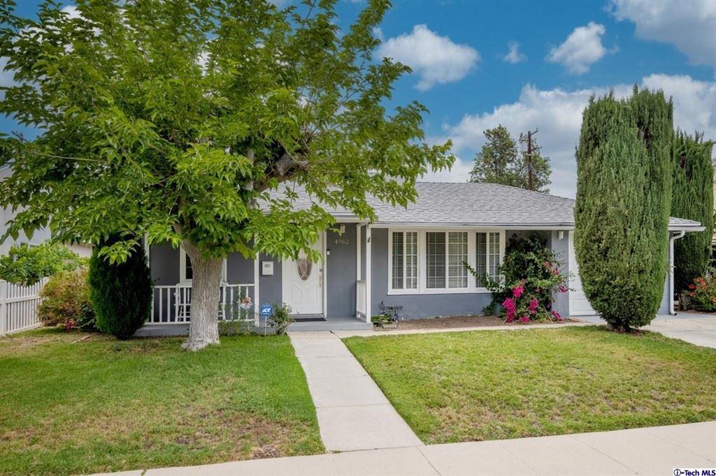 Photo for 4962 garden grove Avenue, Tarzana, CA 91356 (MLS # 320006783)
