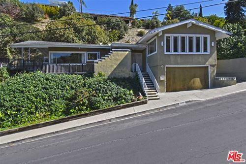 Photo of 3800 Weslin Avenue, Sherman Oaks, CA 91423 (MLS # 21698784)