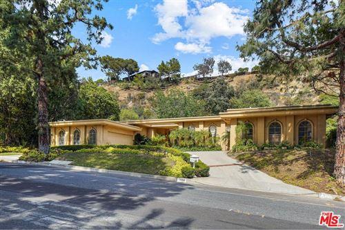 Photo of 1856 Loma Vista Drive, Beverly Hills, CA 90210 (MLS # 21749784)