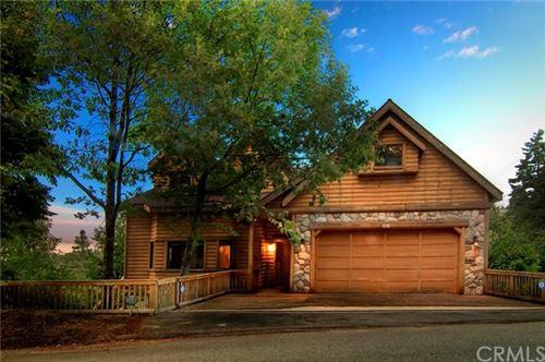 Photo of 28618 Shenandoah, Lake Arrowhead, CA 92352 (MLS # EV21058784)