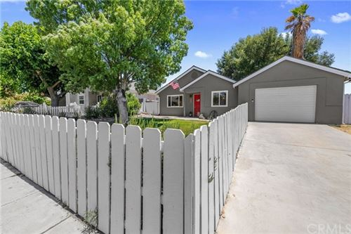 Photo of 27 Lone Oak Way, Templeton, CA 93465 (MLS # SP20131784)