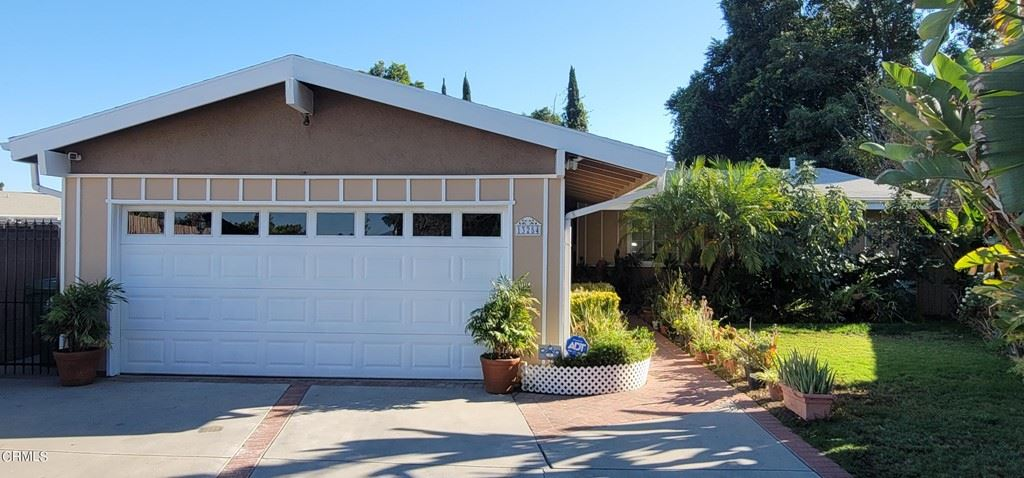 Photo for 13254 Keswick Street, North Hollywood, CA 91605 (MLS # P1-6784)