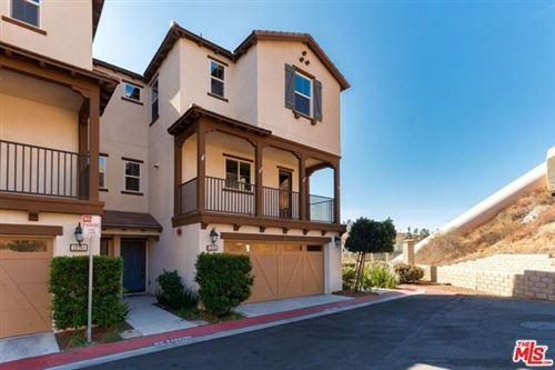 Photo of 22168 Barrington Way #24, Santa Clarita, CA 91350 (MLS # 20652786)