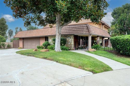 Photo of 31983 Doverwood Court, Westlake Village, CA 91361 (MLS # 221004786)