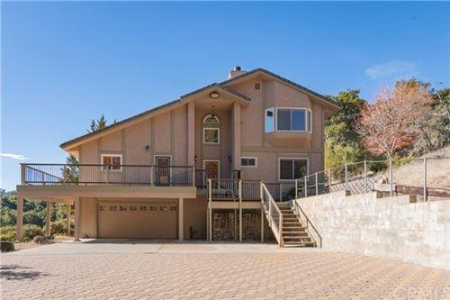 Photo of 2985 White Oak Road, Templeton, CA 93465 (MLS # NS20264786)