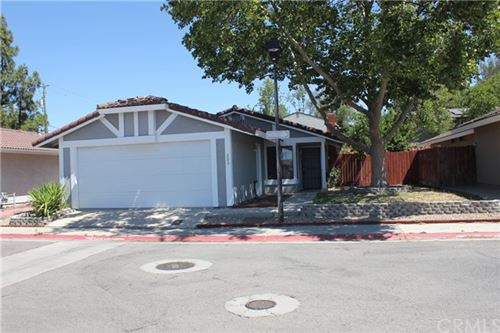 Photo of 203 Honeysuckle Lane, Paso Robles, CA 93446 (MLS # NS21047786)