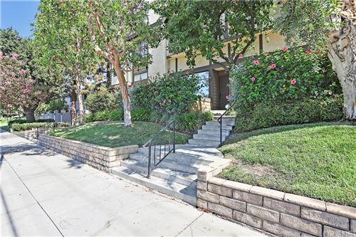 Photo of 21241 Lassen Street #2, Chatsworth, CA 91311 (MLS # SR21159786)