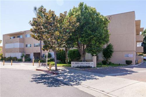 Photo of 6339 Morse Avenue #105, North Hollywood, CA 91606 (MLS # SR20196787)