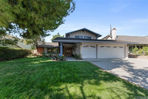 Photo of 11079 Wystone Avenue, Northridge, CA 91326 (MLS # SR21232787)