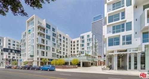 Photo of 1230 S OLIVE Street #418, Los Angeles, CA 90015 (MLS # 21681788)