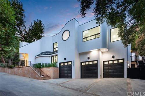 Photo of 13123 Garden Land Road, Los Angeles, CA 90049 (MLS # AR21080788)