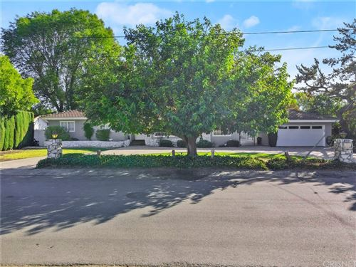 Photo of 8448 Jamieson Avenue, Northridge, CA 91325 (MLS # SR21230788)