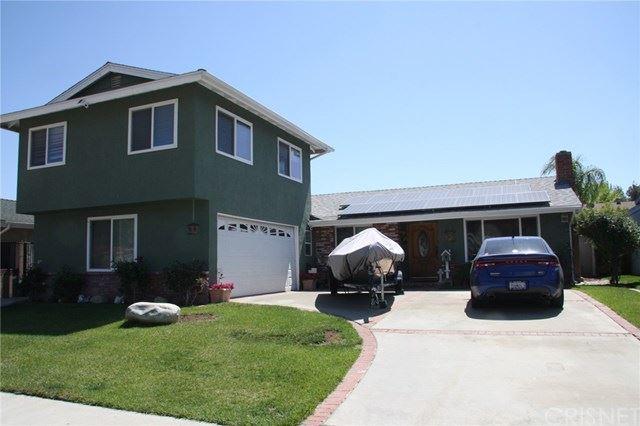 Photo for 28144 Oaklar Drive, Saugus, CA 91350 (MLS # SR21079788)