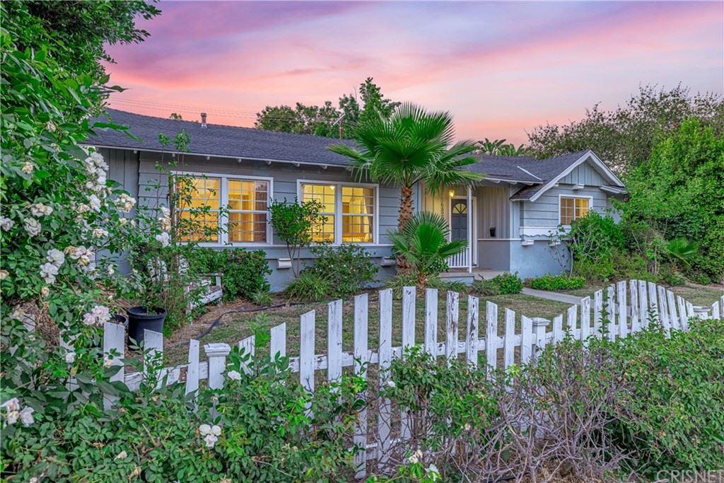 Photo of 16829 Rinaldi Street, Granada Hills, CA 91344 (MLS # SR21139788)