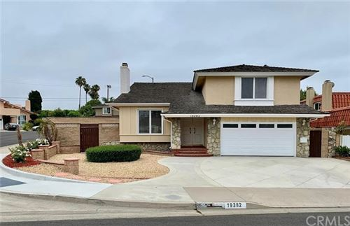 Photo of 19382 Weymouth Lane, Huntington Beach, CA 92646 (MLS # OC20122789)