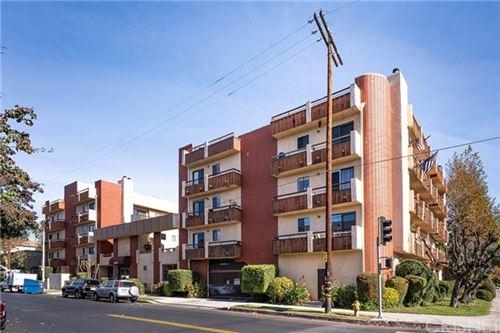 Photo of 8710 Independence Avenue #301, Canoga Park, CA 91304 (MLS # SR20259789)