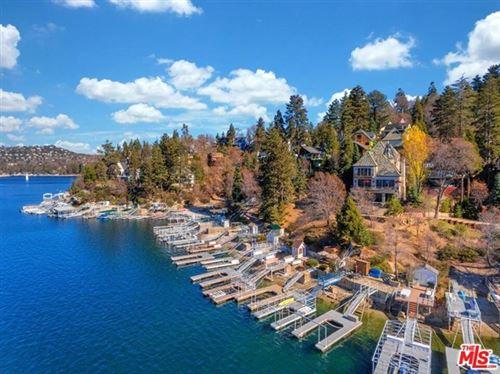 Photo of 28718 PALISADES Drive, Lake Arrowhead, CA 92352 (MLS # 20591790)