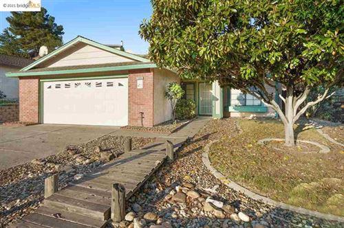Photo of 4008 Saint Andrews Way, Antioch, CA 94509 (MLS # 40948790)