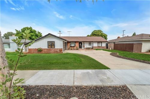 Photo of 227 W Rancho Road, Corona, CA 92882 (MLS # PW20226790)