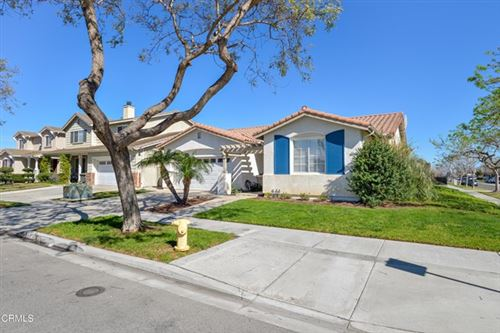 Photo of 810 Rosalinda Drive, Oxnard, CA 93030 (MLS # V1-3790)
