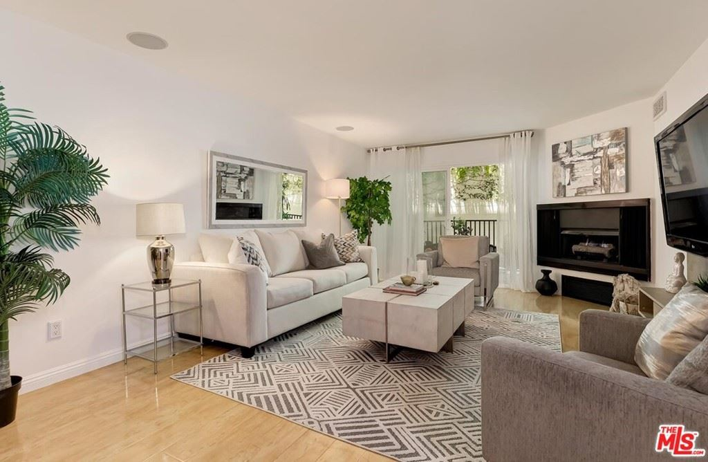 Photo of 1230 Horn Avenue #421, West Hollywood, CA 90069 (MLS # 21765790)
