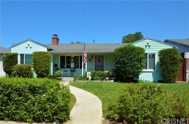 Photo of 321 Winchester Avenue, Glendale, CA 91201 (MLS # SR21134790)