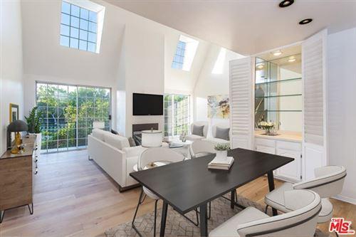 Photo of 458 N OAKHURST Drive #304, Beverly Hills, CA 90210 (MLS # 20651794)