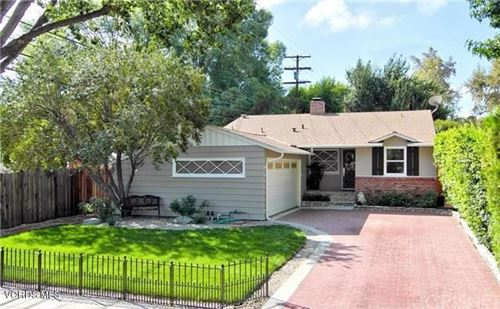 Photo of 22014 Providencia Street, Woodland Hills, CA 91364 (MLS # 220009794)