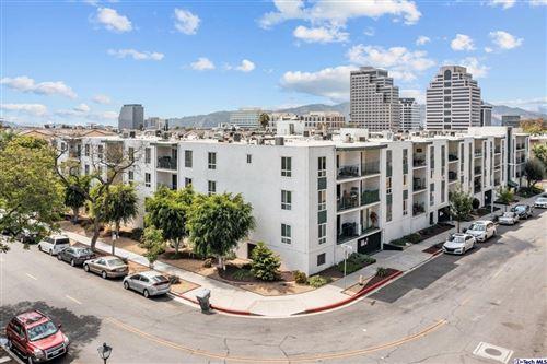 Photo of 500 Jackson Place #108, Glendale, CA 91206 (MLS # 320007795)