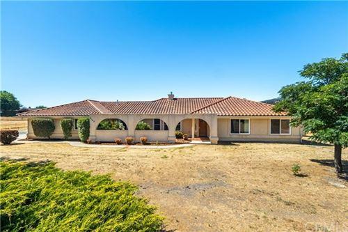 Photo of 9142 Santa Margarita Road, Atascadero, CA 93422 (MLS # NS20151795)