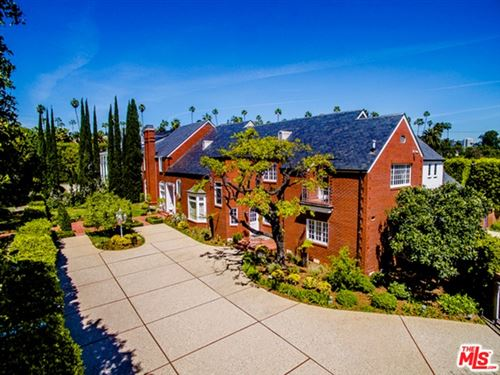 Photo of 804 N RODEO Drive, Beverly Hills, CA 90210 (MLS # 21737796)