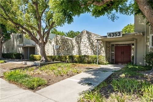 Photo of 4353 Colfax Avenue #27, Studio City, CA 91604 (MLS # SR20142796)