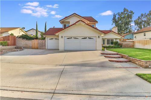 Photo of 791 Briar Hill Circle, Simi Valley, CA 93065 (MLS # SR21232796)