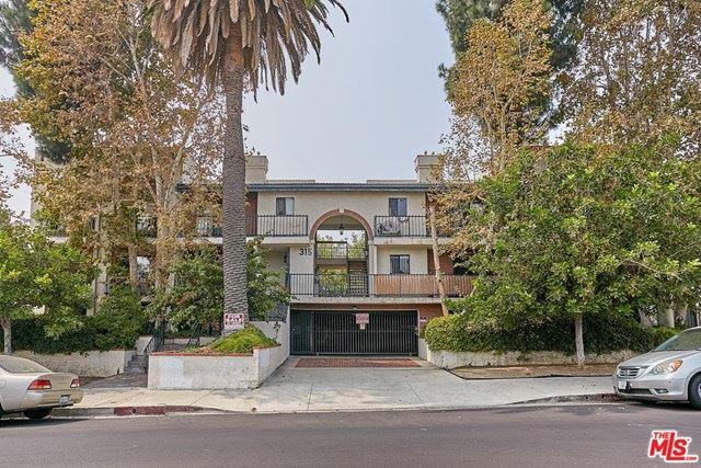 Photo for 315 S Harvard Boulevard #110, Los Angeles, CA 90020 (MLS # 20633796)