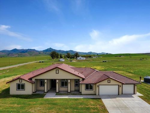 Photo of 249 Rodeo Drive, Hollister, CA 95023 (MLS # ML81774797)