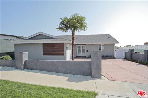 Photo of 18162 Kingsport Drive, Malibu, CA 90265 (MLS # 20644798)