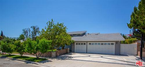 Photo of 69 N Sabra Avenue, Oak Park, CA 91377 (MLS # 21748798)