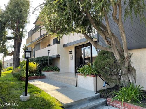 Photo of 5805 Whitsett Avenue #110, Valley Village, CA 91607 (MLS # 221000798)
