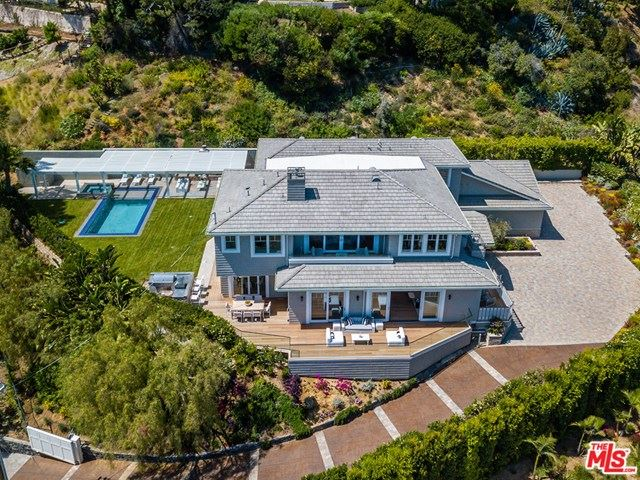 Photo of 1346 MARINETTE Road, Pacific Palisades, CA 90272 (MLS # 20663798)