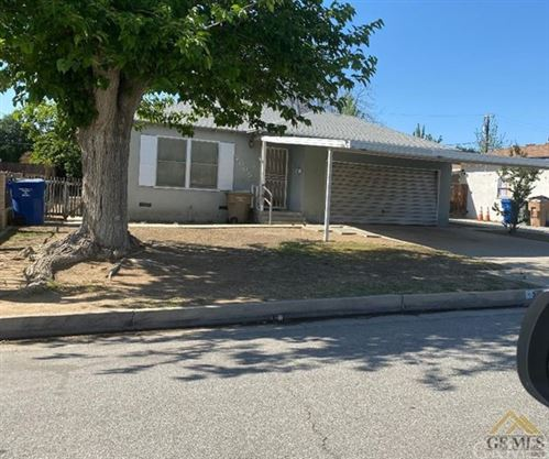 Photo of 2005 Esther Drive, Bakersfield, CA 93308 (MLS # SC21102799)