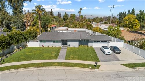 Photo of 5241 Wilbur Avenue, Tarzana, CA 91356 (MLS # SR21053799)