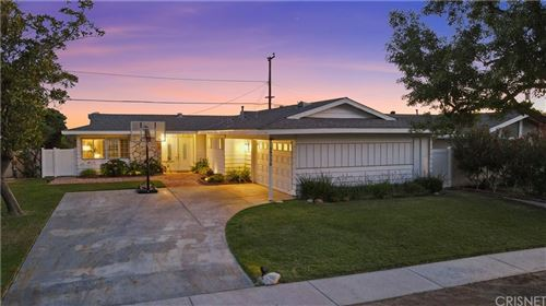 Photo of 19750 Merryhill Street, Canyon Country, CA 91351 (MLS # SR21154799)