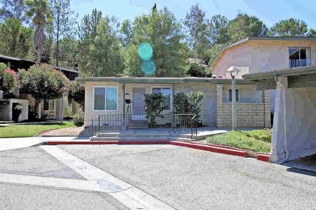 Photo for 19710 Spanish Oak Drive, Newhall, CA 91321 (MLS # SR19218799)