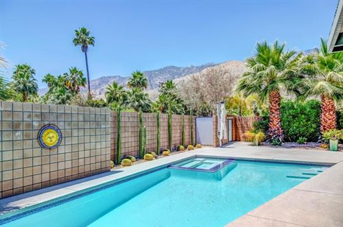 Photo of 915 Oceo S Circle, Palm Springs, CA 92264 (MLS # 219043697PS)