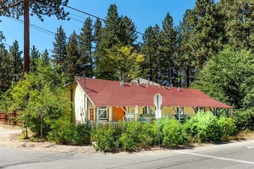 Photo of 41317 Park Avenue, Big Bear, CA 92315 (MLS # 219049197PS)