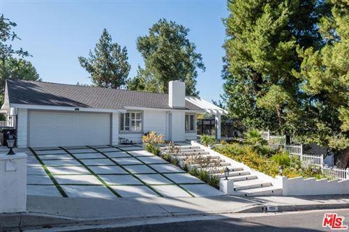 Photo of 19511 Braewood Drive, Tarzana, CA 91356 (MLS # 20661800)