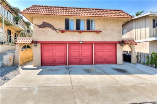 Photo of 239 Avenida Santa Barbara, San Clemente, CA 92672 (MLS # OC21123800)