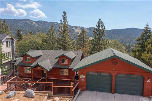 Photo of 43669 Wolf Road, Big Bear, CA 92315 (MLS # PW21164801)