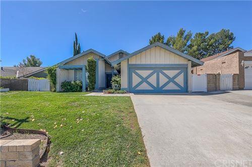 Photo of 23112 Magnolia Glen Drive, Valencia, CA 91354 (MLS # SR21066801)