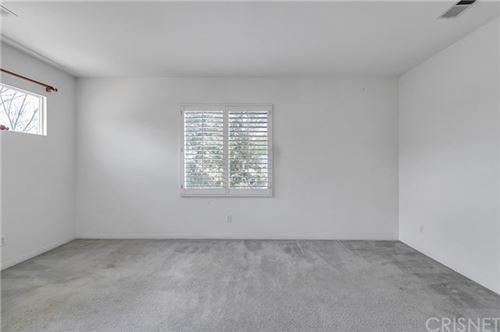 Tiny photo for 29163 Black Pine Way, Saugus, CA 91390 (MLS # SR21079801)